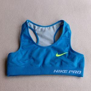 Nike Pro Swoosh Compression Sports Bra